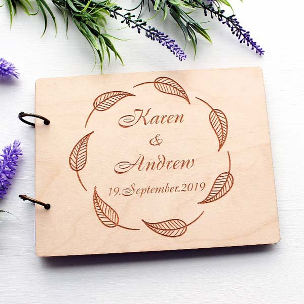 Mr. & Mrs. Heart  - 场地布置 - Wooden Wedding Guest Book Custom Design Names Engraved with Oval Leaves Design - 世界各地适用