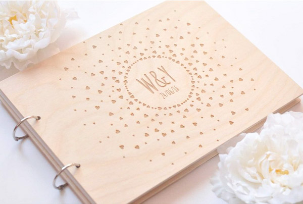 Mr. & Mrs. Heart  - 场地布置 - Wooden Wedding Guest Book Custom Design Mini Hearts Couple Initials Engraved - 世界各地适用