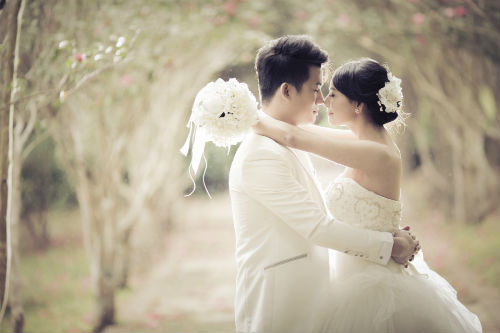 Pre-Wedding Photography + Wedding Day Photography with 8 Different Bridal Dresses/Gowns/Qipao, Bride