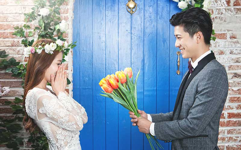 Korean Pre-Wedding Photography + Garden Scenes + Train Rail Scene + Indoor + Outdoor-8