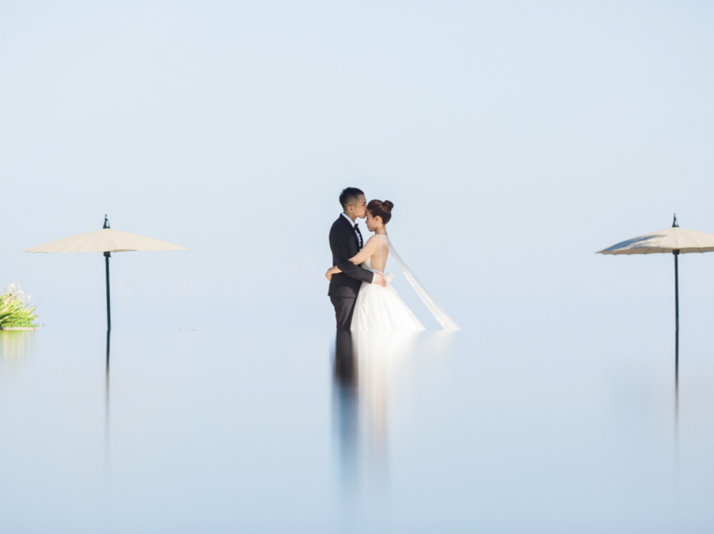 5 Hour Bali Fine Art Photography Prewedding Package - Includes 2 Makeup & Hair Look, 2 Wedding/Eveni