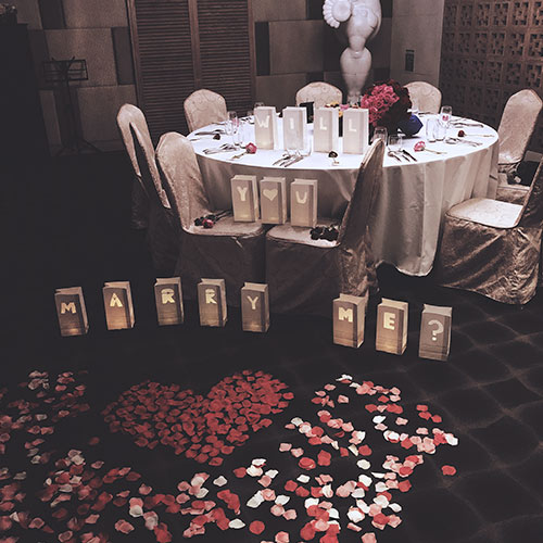 Romantic Surprise A Capella Marriage Proposal Package With Romantic Decor