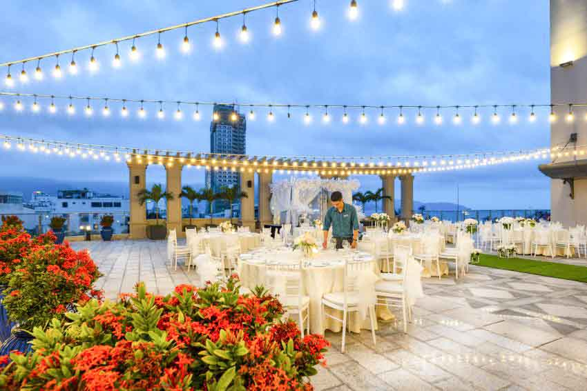 Four Points By Sheraton Danang Wedding Package (60 pax)