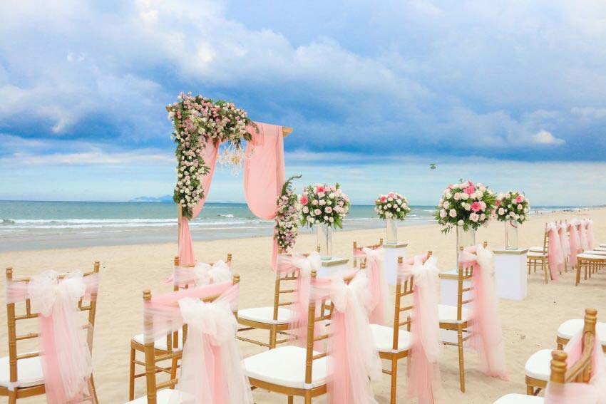 Premier Village Danang Resort Managed By Accorhotels Wedding Package (20 pax)