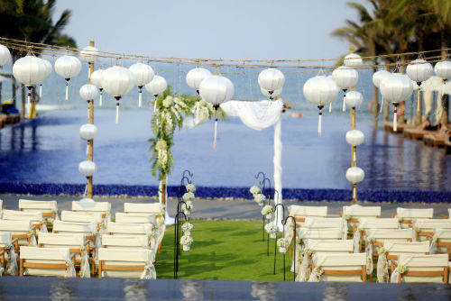 Naman Retreat, Danang Ceremony & Reception  (30 pax)