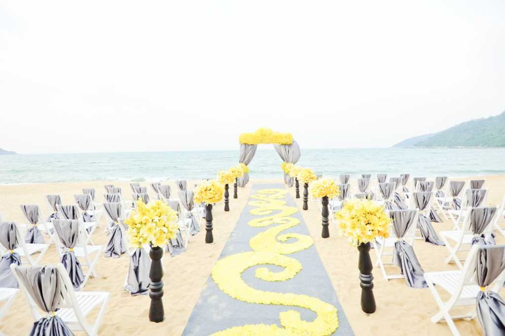 InterContinental Danang Sun Peninsula Resort Wedding Package (20 pax)