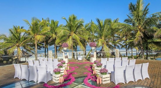 W Bali Seminyak Retreat and Spa All-Inclusive (20 pax)
