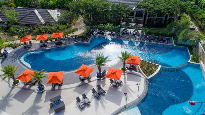 Crimson Resort & Spa Mactan  (100 pax)-9