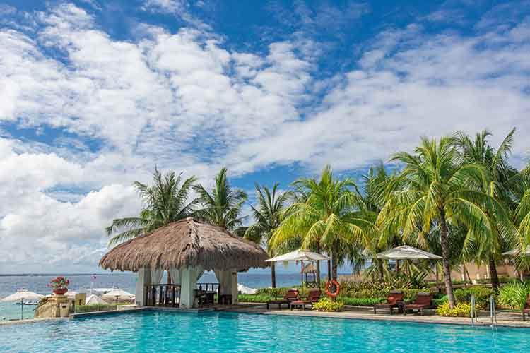 Crimson Resort & Spa Mactan  (100 pax)-13