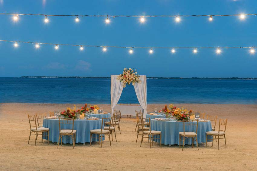 Crimson Resort & Spa Mactan Wedding Package (100 pax)