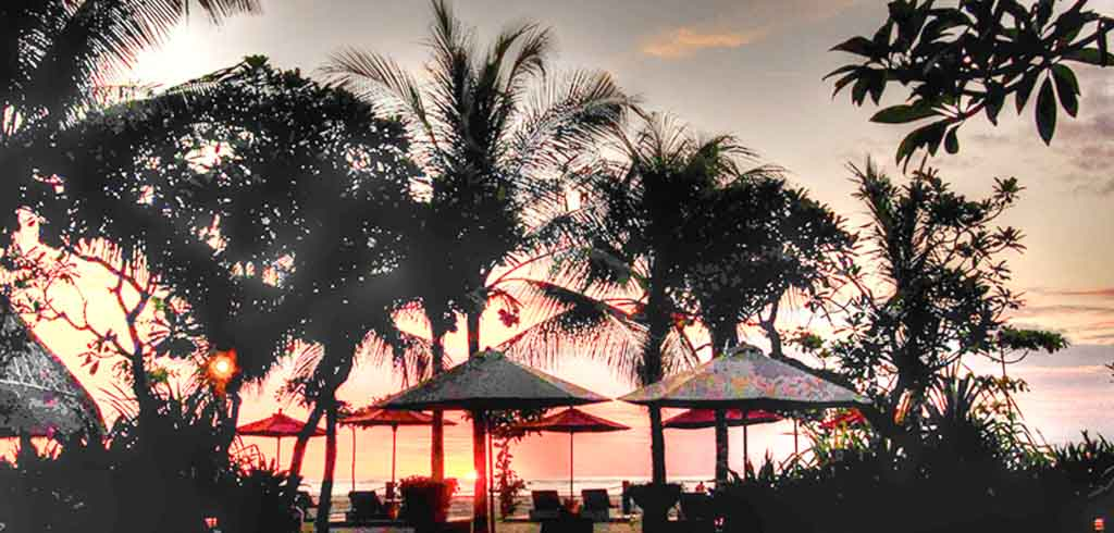 Ma Joly Sunset Beach Wedding Venue (30 - 100 Pax) Inclusive of Photograph & Videography + Makeup & Hair + Decorations-15