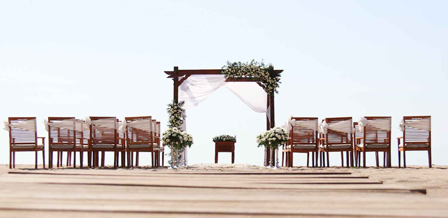 Ma Joly Sunset Beach Wedding Venue (30 - 100 Pax) Inclusive of Photograph & Videography + Makeup & Hair + Decorations-2