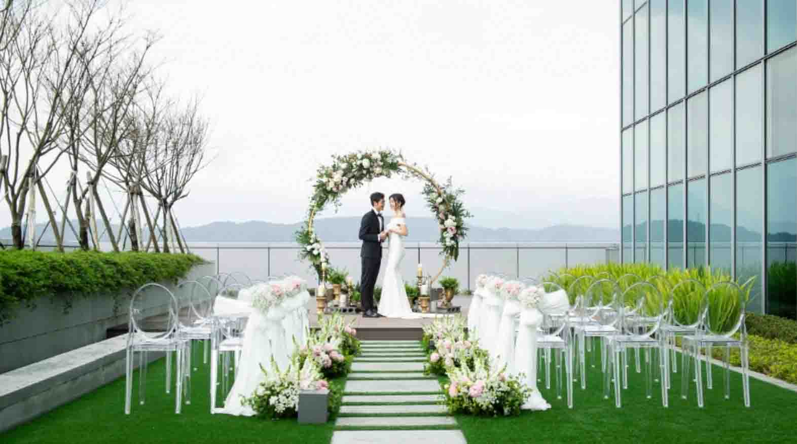 Courtyard Taipei Downtown All-Inclusive Wedding Package (Venue & F&B Costs Not Included - Dependent on Guest Count)