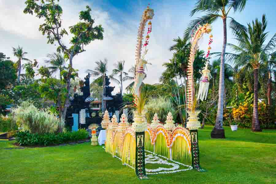 The Laguna Bali Temple Garden All-Inclusive  (60 pax)