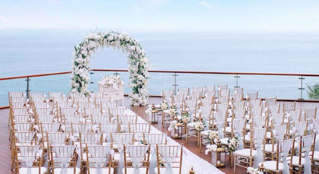 The edge Cliff  Wedding - Weekday Weddings Only (24 pax)-5