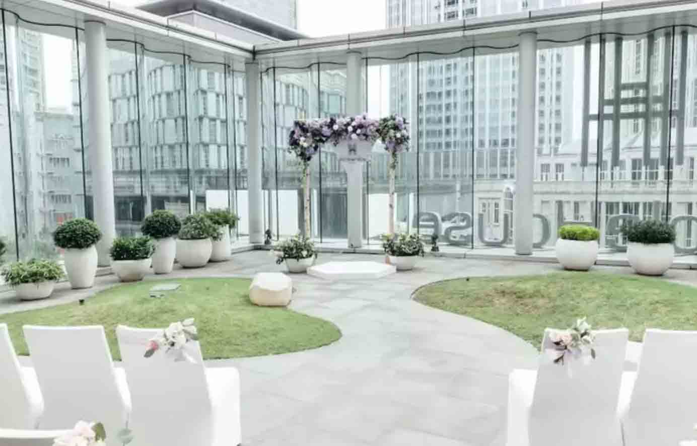 Humble House Taipei All-Inclusive Wedding Package (Venue & F&B Costs Not Included - Dependent on Guest Count)