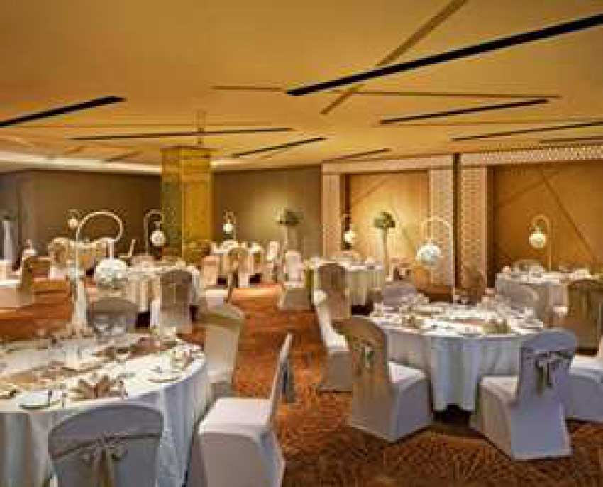 Hilton Colombo Residence Wedding Package (40 pax)