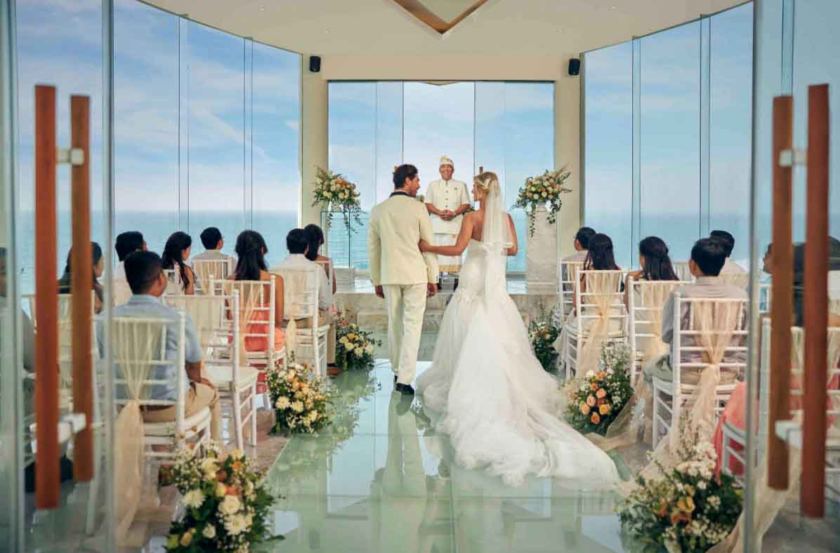 All-Inclusive Wiwaha Villa Poolside Wedding at Hilton Bali Resort (30 pax) -16