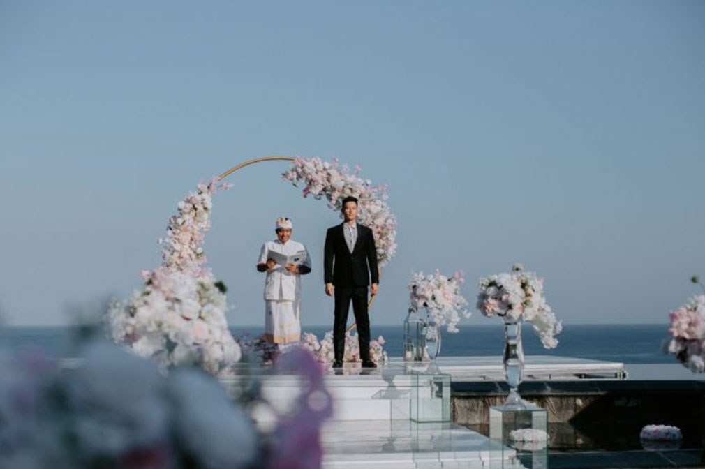 All-Inclusive Wiwaha Villa Poolside Wedding at Hilton Bali Resort (30 pax) -27
