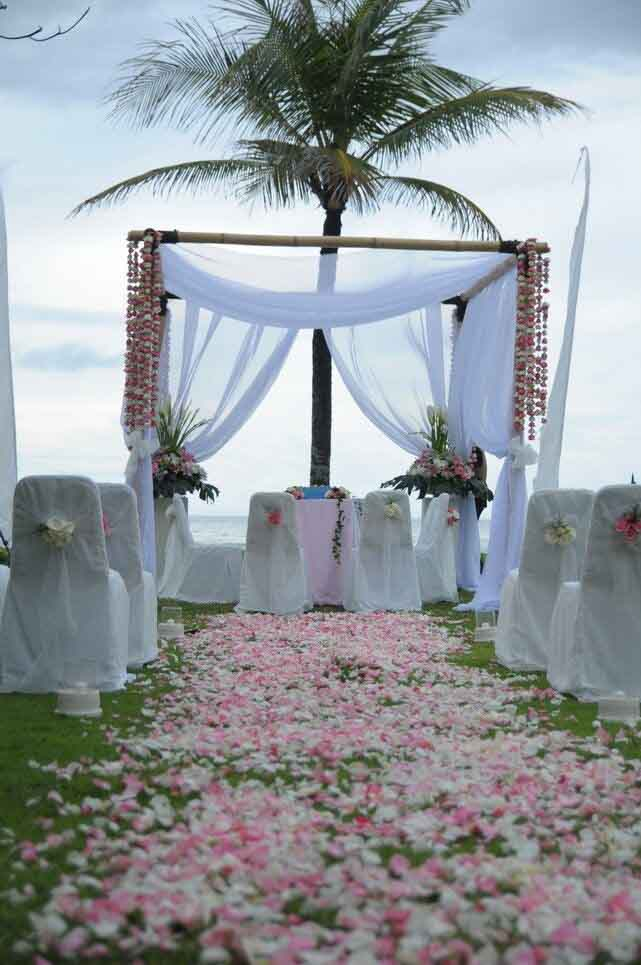 5 BR Ombak Luwung Beachfront Estate Wedding Venue (75-150 pax) Inclusive of 3 Night Stay  + Photography & Videography + Makeup & Hair + Decorations-3