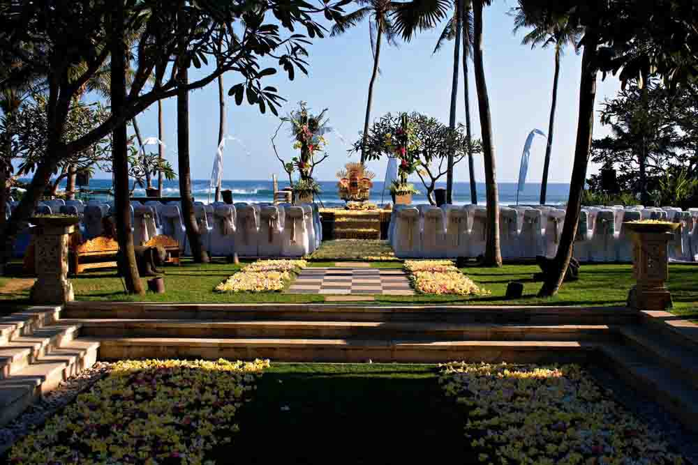 5 BR Ombak Luwung Beachfront Estate Wedding Venue (75-150 pax) Inclusive of 3 Night Stay