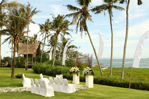 5 BR Ombak Luwung Beachfront Estate Wedding Venue II (20 pax) Inclusive of 3 Night Stay