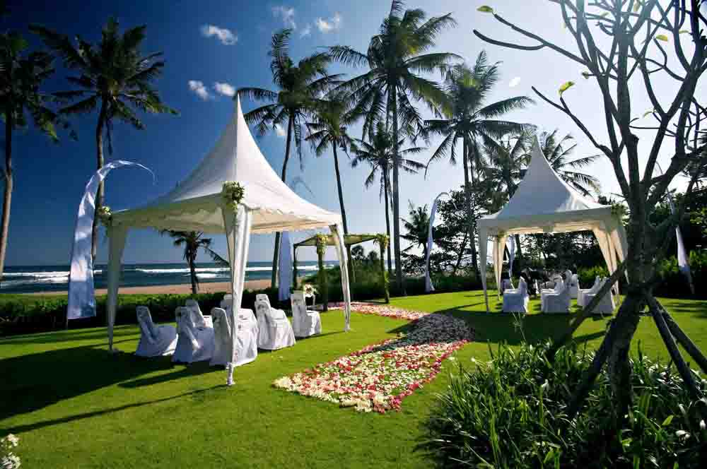 5 BR Ombak Luwung Beachfront Estate Wedding Venue (75-150 pax) Inclusive of 3 Night Stay  + Photography & Videography + Makeup & Hair + Decorations-9