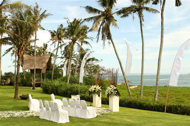 5 BR Ombak Luwung Beachfront Estate Wedding Venue (75-150 pax) Inclusive of 3 Night Stay  + Photography & Videography + Makeup & Hair + Decorations-13