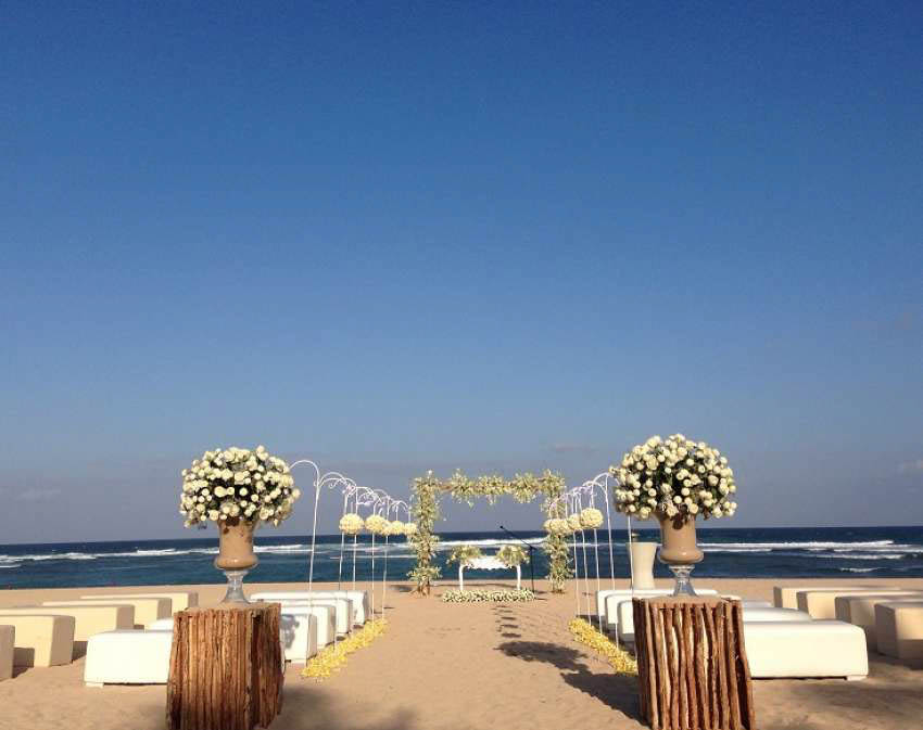 Grand Hyatt Bali Beach All-Inclusive Wedding (20 pax)