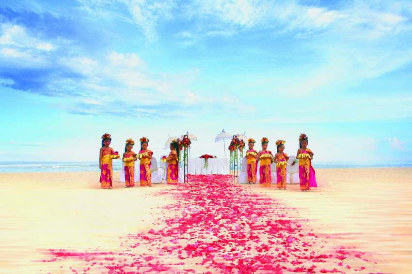 Grand Hyatt Bali Beach All-Inclusive Wedding (20 pax)-5