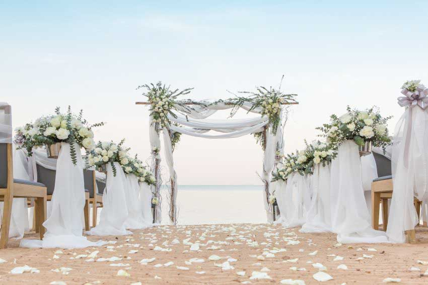 Renaissance Pattaya Resort & Spa Wedding Package (50 pax)
