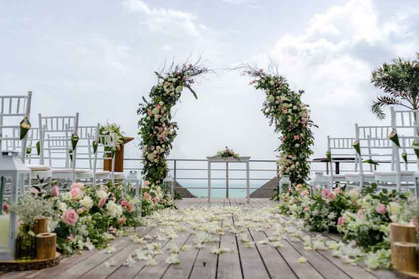 The Pavilions Phuket Wedding Package (10 pax)
