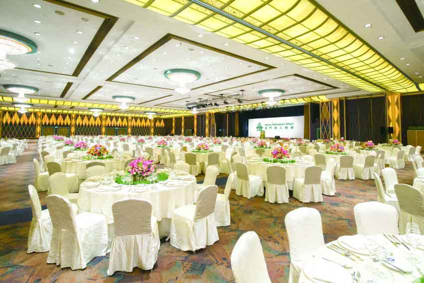 Macau Fisherman's Wharf Wedding Package (12 pax)