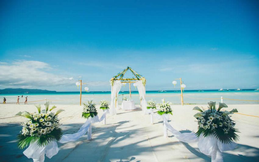 Friday's Boracay Wedding Package (40 pax)