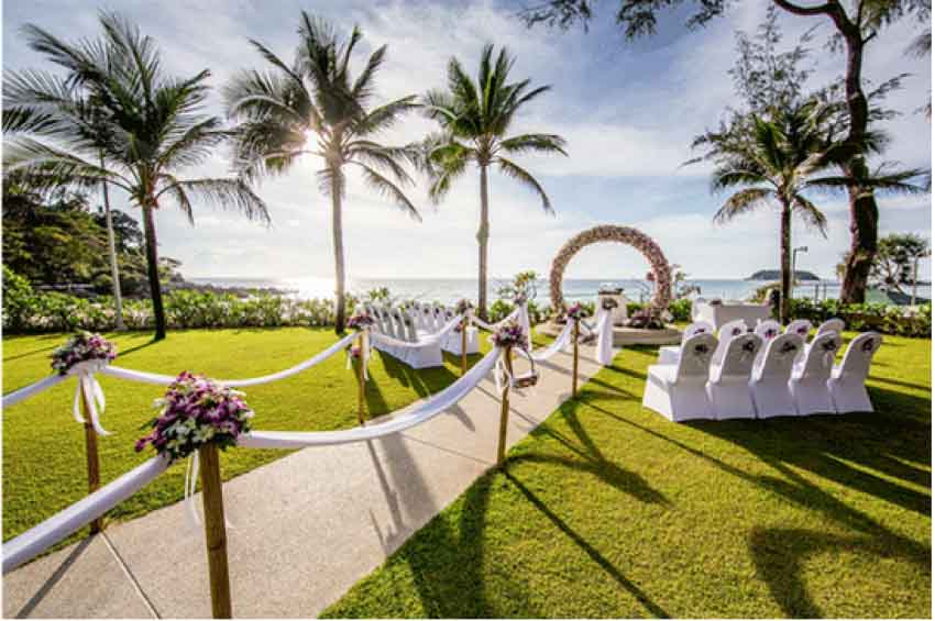 Palm Beach Resort Wedding Package (100 pax)