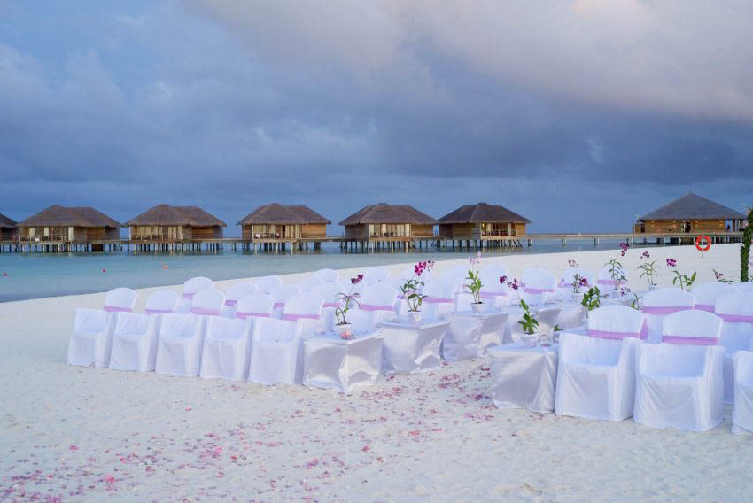 Cocoon Maldives Wedding Package (20 pax)