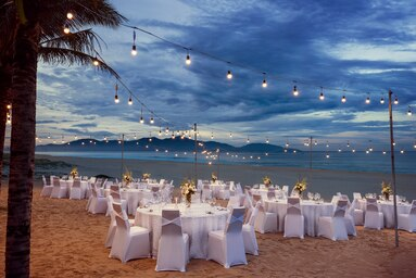 Sheraton Grand Danang Resort Timeless Grandeur (30 pax)