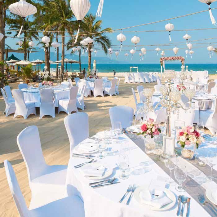 Pullman Danang Beach Resort Traditional Vietnamese Ceremony Wedding Package (10 pax)